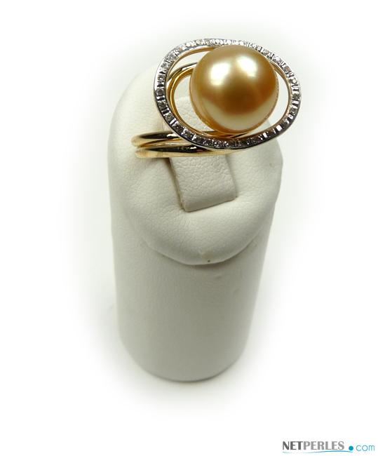 Bague Amset avec Perle de Culture Australienne Dorée