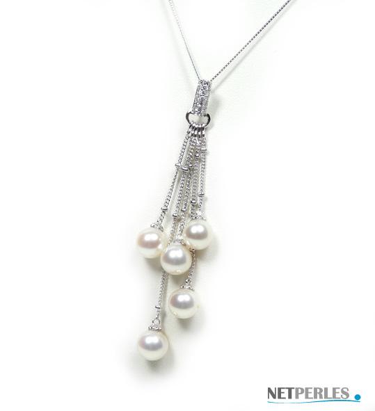 Pendentif Or gris 18k avec 5 perles Akoya 6,5 à 7 mm qualité AAA et 15 diamants