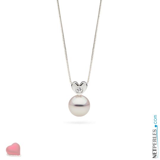 Pendentif coeur en Or Gris 14 carats et diamant, avec sa perle blanche Akoya qualité AAA
