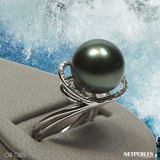Bague or blanc 18 carats et diamants et perle de culture de tahiti qualité AAA