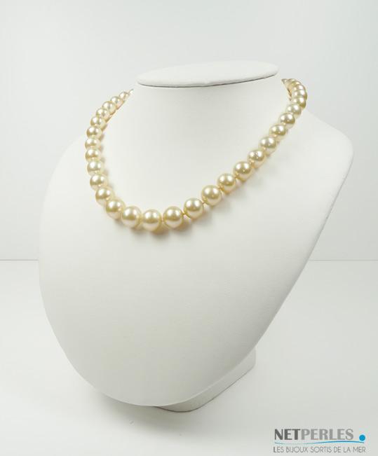 Collier de perles de culture dorées d'australie, qualité AA/AA+ longueur 45 cm diametre 9,2 à 12,1 mm