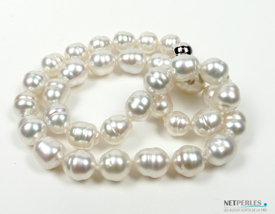 Collier de perles australiennes blanches argentees de gros diametre
