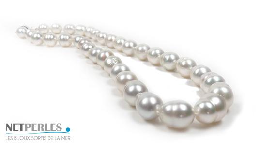 Collier de perles de culture d'Australie blanches baroques cerclées, collier de standing