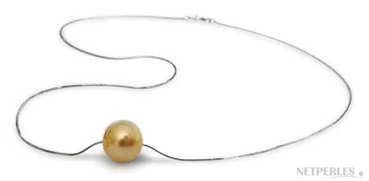 Pendentif de perles d'australie dorée sur chaine or blanc