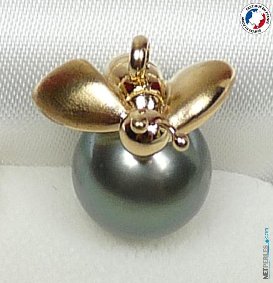 pendentif abeille or 18 carats avec perle de tahiti