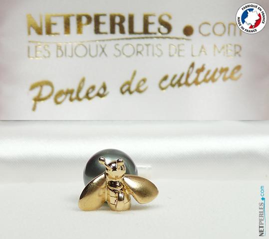 pendentif de perle noire de tahiti, beliere bijou en abeille