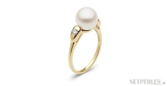 Bague en Or Jaune avec diamants et perle d'eau douce DOUCEHADAMA blanche
