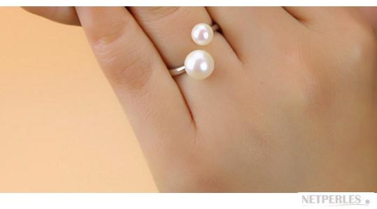 Bague en argent rhodié et perles d'eau douce AAA blanches