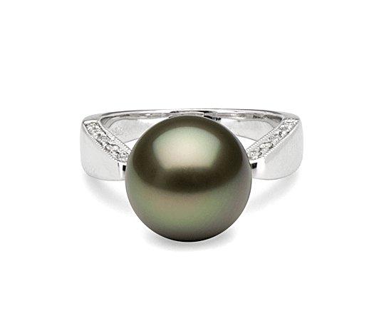 Bague en Or avec perle noire de Tahiti