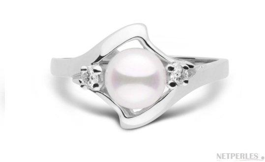 Bague Stella en  Or Gris avec diamants et perle d'Akoya