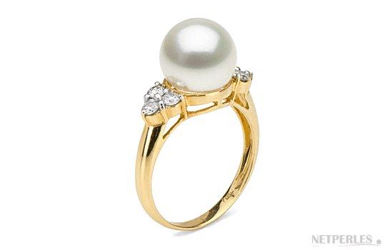 Bague en or jaune 18k diamants et perle d'Akoya 9-9.5  mm AAA