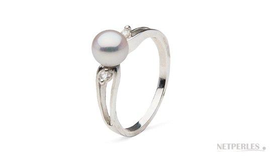 Bague Virgule en or gris diamant et perle d'Akoya