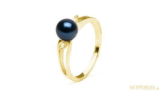 Bague en Or Jaune diamants et perle noire d'Akoya