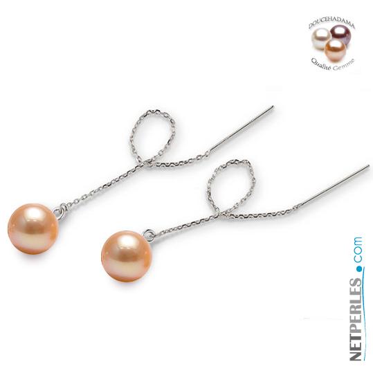 Perle naturellement de couleur peche montees sur chaine pour boucles d'oreilles