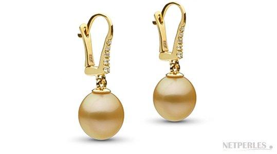 Boucles d'oreilles diamants et perles de culture dorées d'Australie en forme de goutte