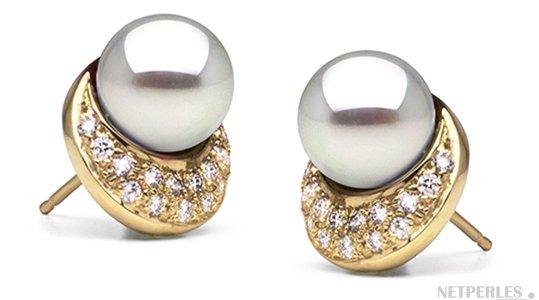 Boucles d'oreilles de perles d'Akoya AAA en Or jaune et diamants