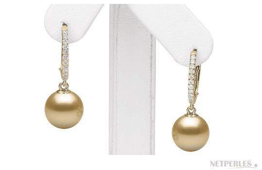 Boucles d'oreilles avec perles d'australie dorées et diamants