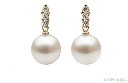 Boucles d'oreilles en Or Jaune avec diamants et perles d'Australie blanches argentées