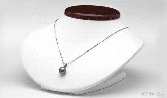 pendentif perle de culture de tahiti sur béliere et chaine en or blanc