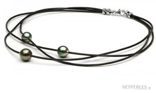 Trois cordons de cuir entrelacés avec 3 perles de Tahiti AAA