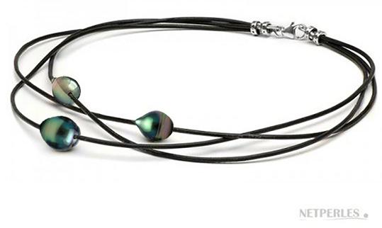 Collier de perles baroques de tahiti sur 3 liens de cuir enlacés