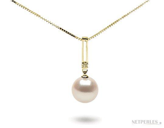 Pendnetif Art-Déco en Or Jaune 18 carats, diamant, et perle d'Akoya blanche