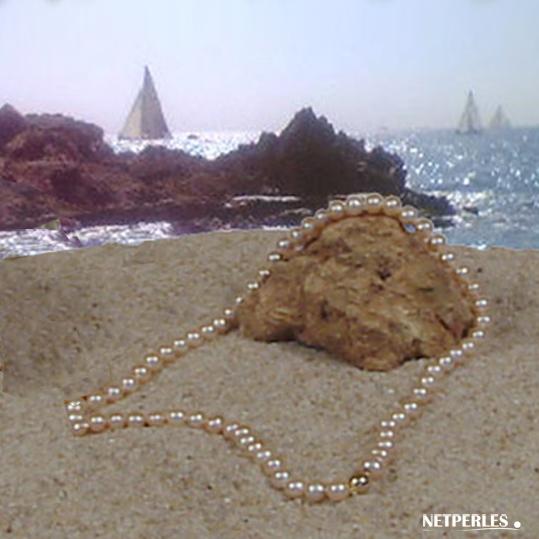 Collier de perles de culture d'eau douce 6 à 7 mm couleur peche