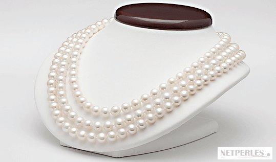 Collier de perles triple rang , perles d'eau douce blanches
