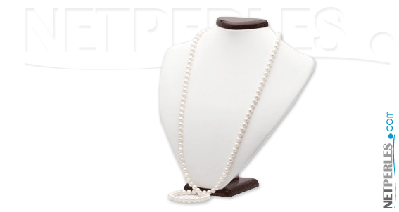Long collier de perles de culture, perles blanches
