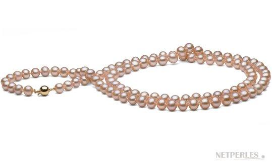 Sautoir de perles de culture d'eau douce roses peches