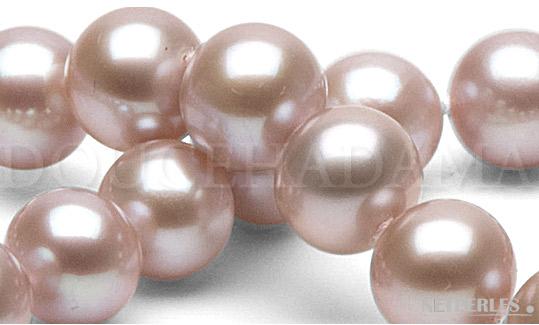 Gros plan de perles de culture d'Eau Douce Lavandes qualité DouceHadama