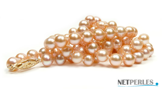 Parure de perles de culture d'eau douce couleur naturelle peche, diametre 6,5 à 7 mm qualité AA+ ou AAA