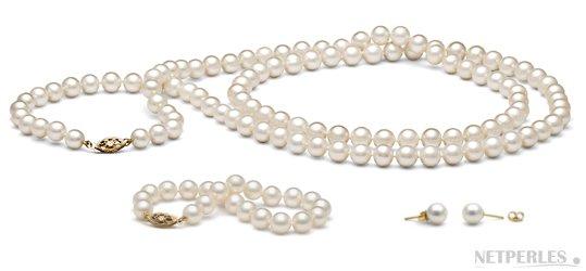 Parure de perles d'eau douce blanches: sautoir boucles d'oreilles bracelet