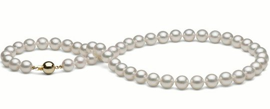 Collier de perles d'Akoya 8-8.5 mm blanches