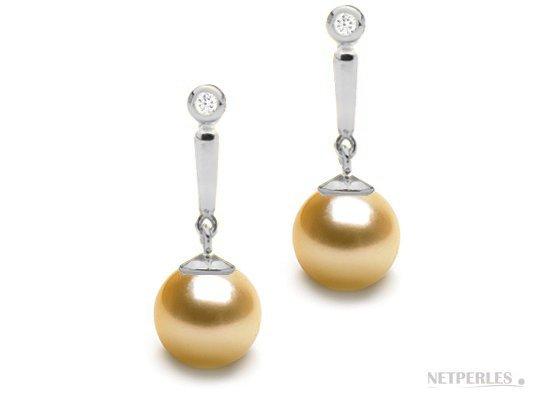 Boucles d'oreilles de perles d'Australie dorées avec diamants