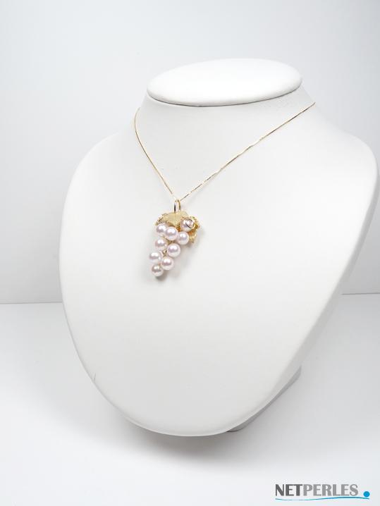 bijou très haut de gamme, perles de culture sur joaillerie en Or. Grappe de raisin en Or massif