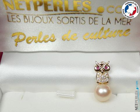 Adorable bijou en Or en forme de hibou avec perle doree d'australie