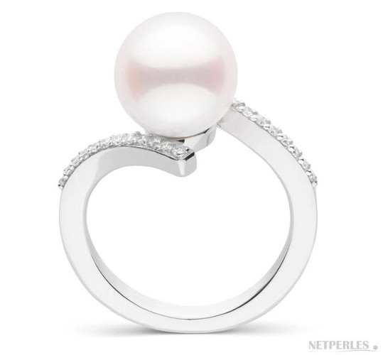 Bague en or gris diamants et perle d'Akoya 9-9.5  mm AAA