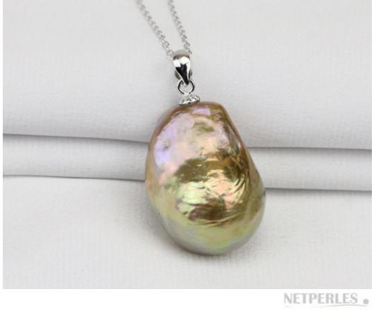 Pendentif en Argent 925 et perle FIREBALL d'Eau Douce de 16,8 mm sur 23 mm! Une perle rare!!