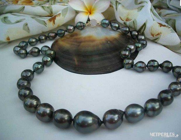 Collier 66 cm de perles de Tahiti 9.5-12 mm Baroques