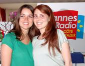 Deux assistantes de Cannes Radio ravis d'être là