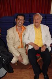 Jean Gautier & Paul Pacini, les deux patrons de la soirée sont heureux de constater que la soiree est excellente.