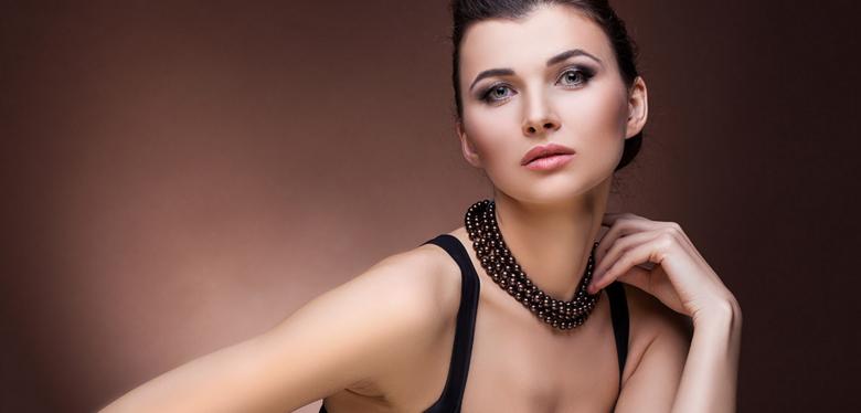Collier de perles d'Akoya noires
