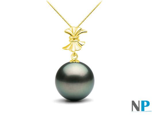 Pendentif Or jaune 18k avec une perle de culture de Tahiti qualité AAA