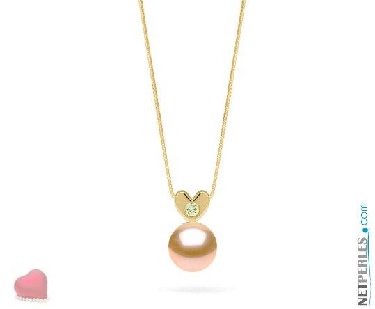 Pendentif coeur en or jaune 14 carats et son diamant VS1 avec perle peche d'eau douce qualité AAA