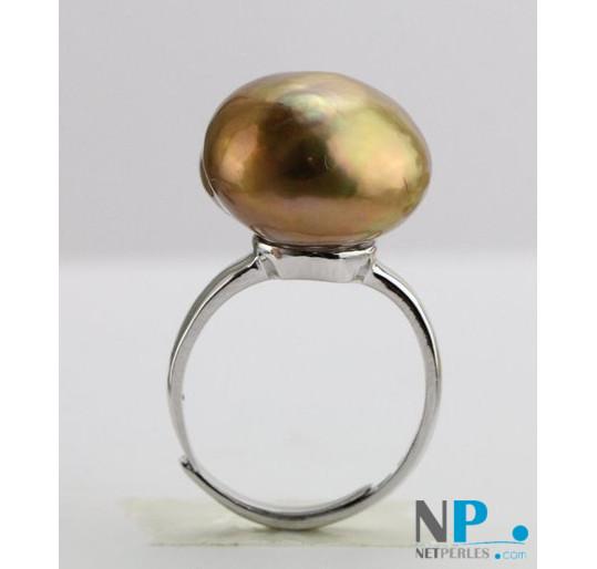 Bague en argent rhodié et perle d'eau douce cuivre métallique extraordinaire de 15,5 mm