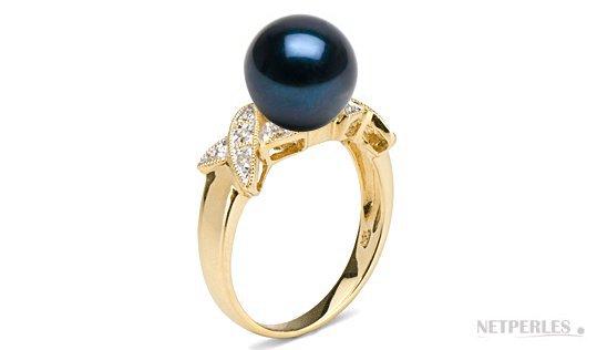 Bague Bisou avec perle noire d'Akoya