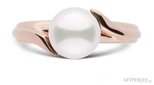 Bague en Or Rose avec une perle d'Akoya parfaitement ronde qualité AAA