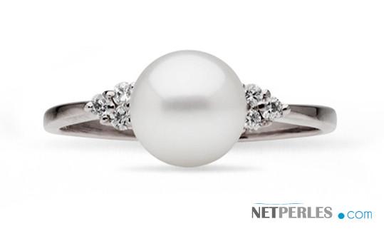 Bague Trigone Or Gris Diamants et perle de culture Doucehadama