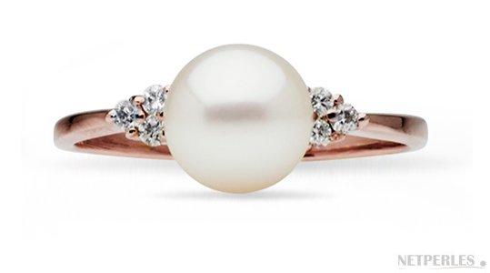 Bague Trigone Or Rose Diamants et perle de culture d'Akoya